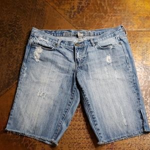 ❤ Abercrombie & Fitch Distressed Jean Shorts, 2/4